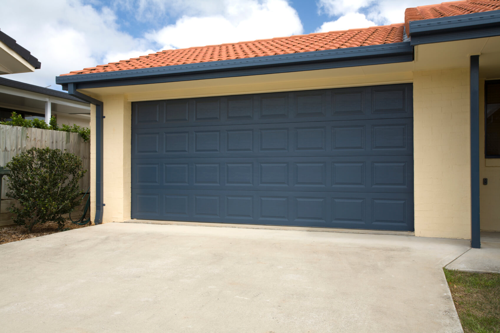 What You Need to Know When it Comes to Garage Door Alignment