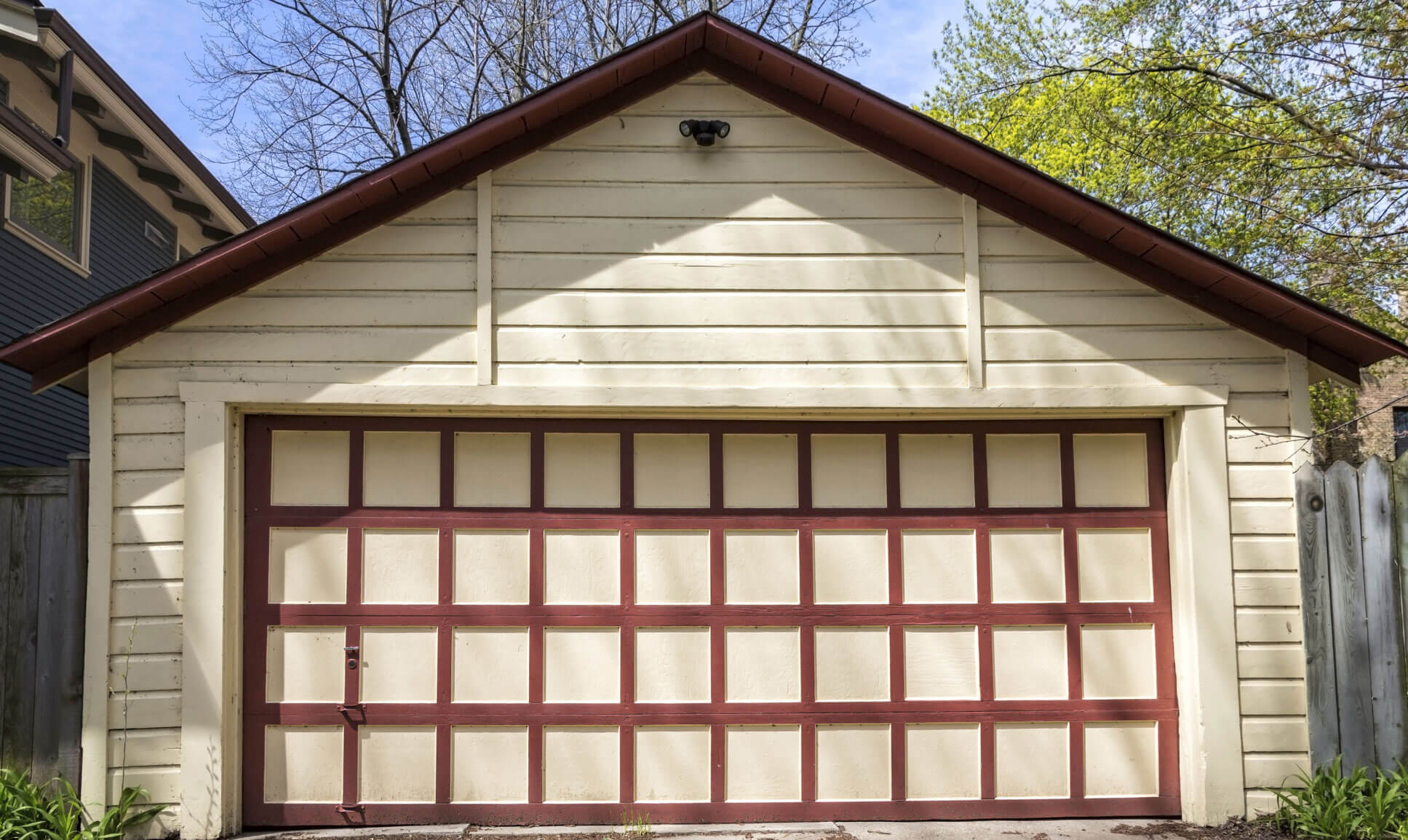 Common Question: Why Won't My Garage Door Close?