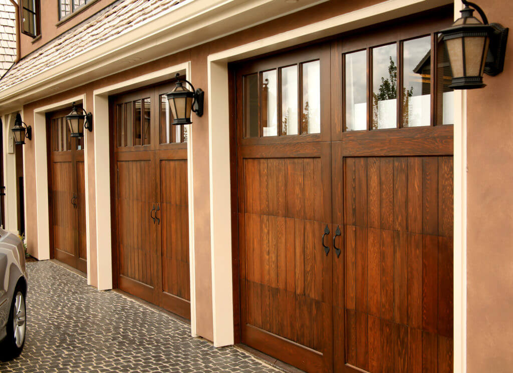 Garage doors in Hopewell VA