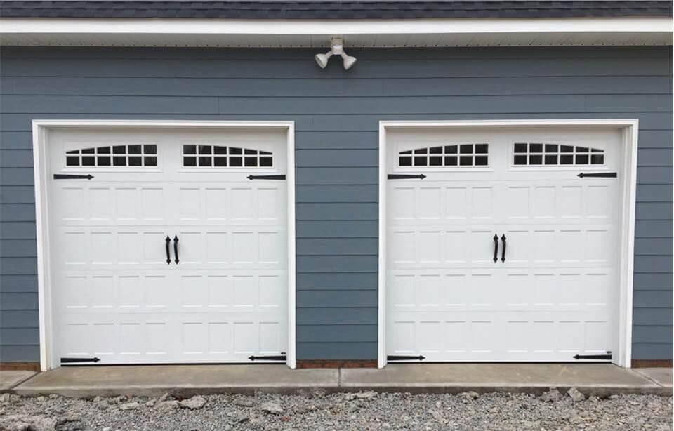 Should You Replace A Broken Garage Door Panel?